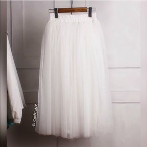 NEW Soft White Tulle Skirt